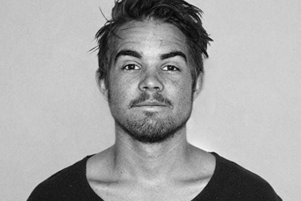 Berghsstudenten Olof är en av årets tre kycklingar