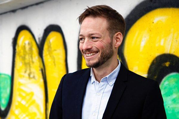 Efter examen: Nicklas brinner för socialt entreprenörskap