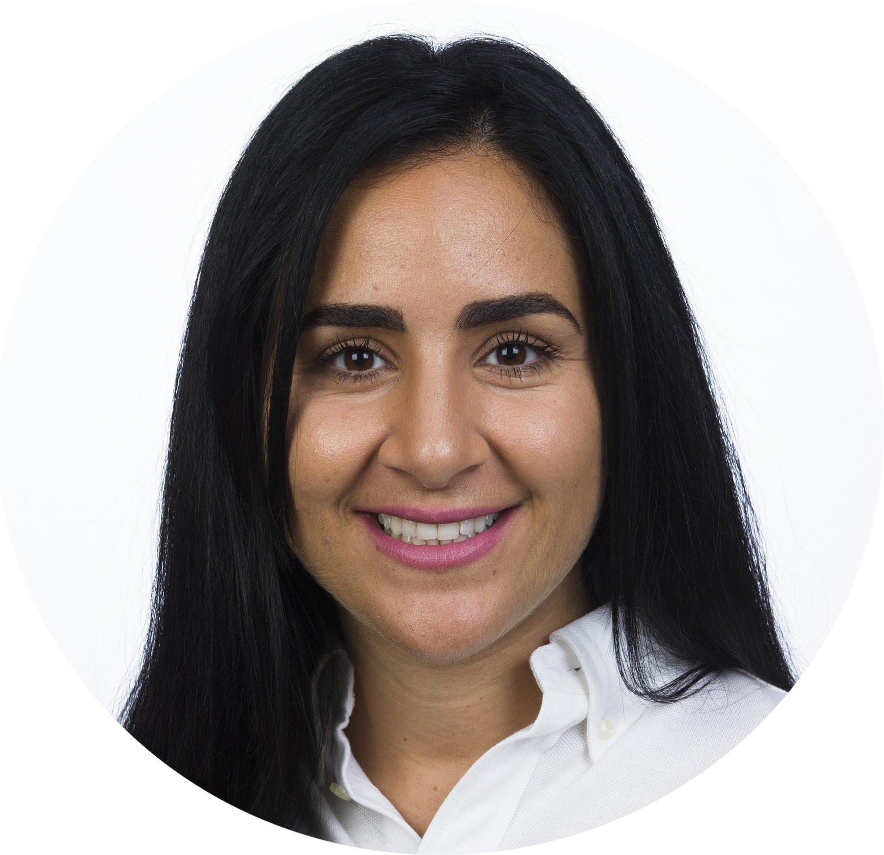 Binaji  Marouf, kommunikatör