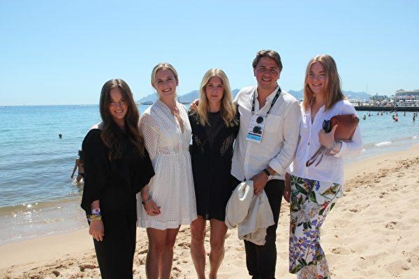 Studenter prisas i Cannes för innovativ lösning för att spara miljö och pengar