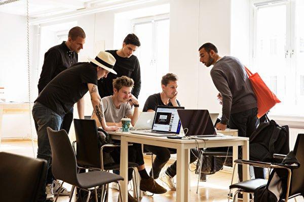 """""""Idag måste företag vara redo att ifrågasätta, omvärdera och utvärdera sin verksamhet"""""""