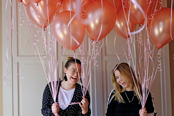 Praktik bland ballonger, kundresor och workshops