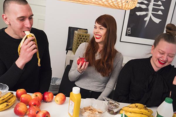 Berghs utmanar influencers att äta gammal mat – för miljön